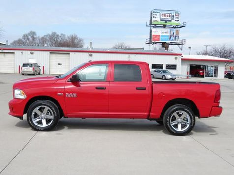2016 Ram 1500 Express Crew Cab 4WD ONLY 4000 MILES! in Ankeny, IA