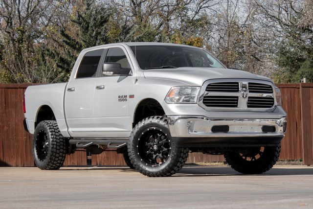 2016 Ram 1500 Crew Cab 4x4 Big Horn with Central Alps Package