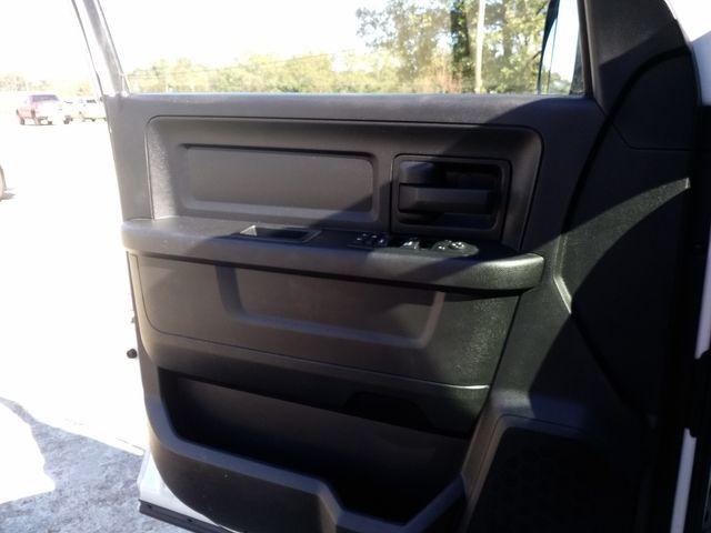 2016 Ram 1500 Crew Cab 4x4 Tradesman Houston, Mississippi 17