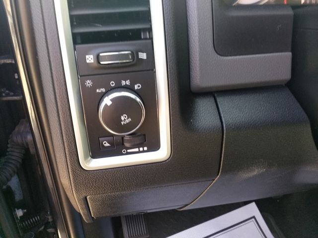 2016 Ram 1500 Crew Cab  Lone Star Houston, Mississippi 13