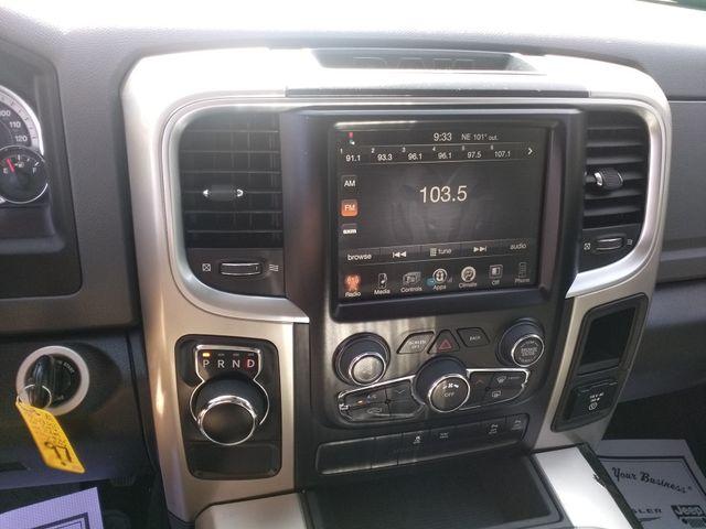 2016 Ram 1500 Crew Cab  Lone Star Houston, Mississippi 12
