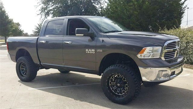 2016 Ram 1500 Big Horn LIFT/WITH CUSTOM TIRES AND WHEELS