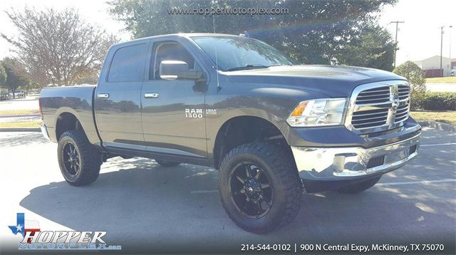 2016 Ram 1500 Big Horn LIFTED/WITH CUSTOM WHEELS AND TIRES
