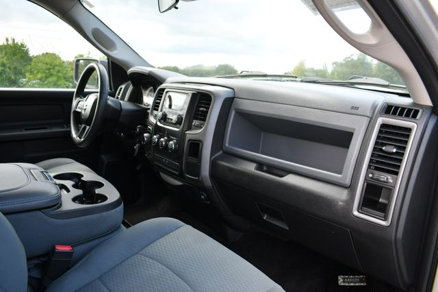 2016 Ram 1500 Express 4WD Naugatuck, Connecticut 11