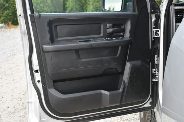 2016 Ram 1500 Express 4WD Naugatuck, Connecticut 20