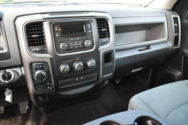 2016 Ram 1500 Express 4WD Naugatuck, Connecticut 23