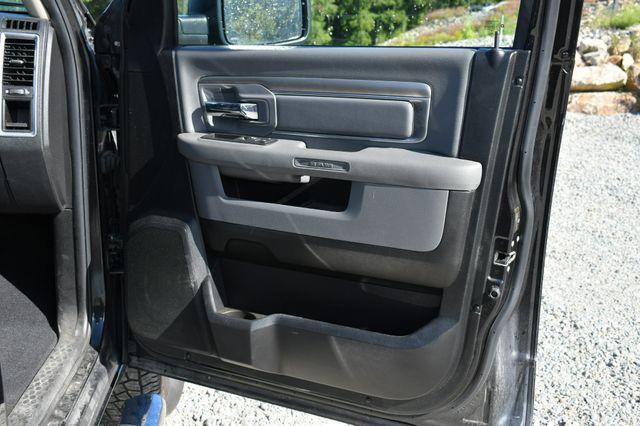2016 Ram 1500 Big Horn 4WD Naugatuck, Connecticut 12