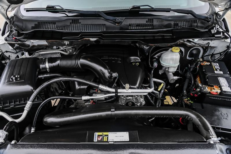 2016 Ram 1500 SLT LONE STAR CREW CAB 5.7L HEMI V8 CLN SRVCE HIST in Rowlett, Texas