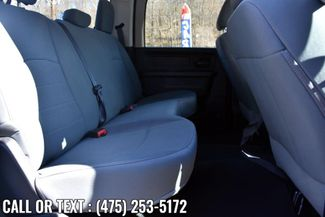 2016 Ram 1500 4WD Crew Cab Express Waterbury, Connecticut 19