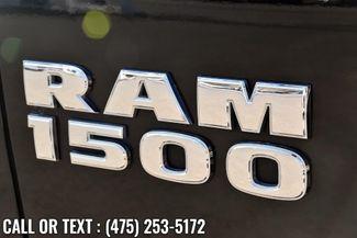 2016 Ram 1500 4WD Crew Cab Express Waterbury, Connecticut 9