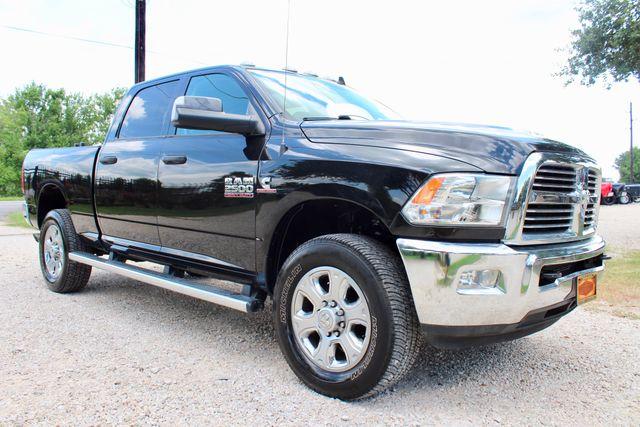 2016 Ram 2500 Big Horn Crew Cab 4X4 6.7L Cummins Diesel Auto in Sealy, Texas 77474