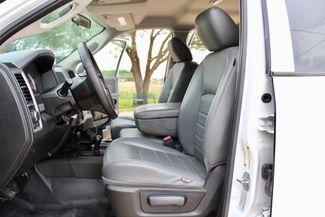 2016 Ram 3500 SRW Tradesman Crew Cab 4X4 6.7L Cummins Diesel 6 Speed Manual Sealy, Texas 30