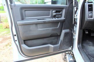 2016 Ram 3500 SRW Tradesman Crew Cab 4X4 6.7L Cummins Diesel 6 Speed Manual Sealy, Texas 33