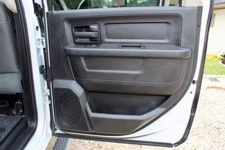 2016 Ram 3500 SRW Tradesman Crew Cab 4X4 6.7L Cummins Diesel 6 Speed Manual Sealy, Texas 41