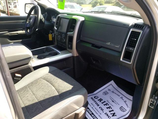 2016 Ram Crew Cab 4x4 1500 Big Horn Houston, Mississippi 10
