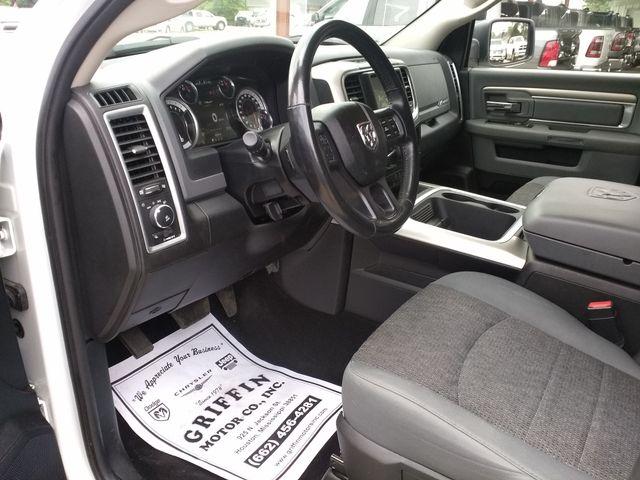 2016 Ram Crew Cab 4x4 1500 Big Horn Houston, Mississippi 9