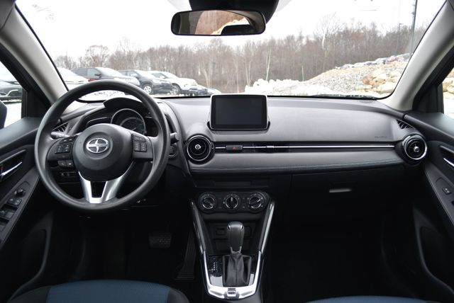 2016 Scion iA Naugatuck, Connecticut 11