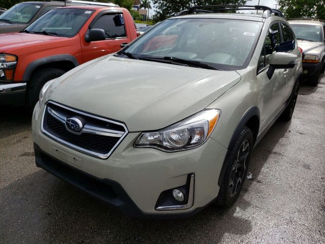 "2016 Subaru Crosstrek Limited AWD w/leather/17"" Aluminum in Louisville, TN 37777"