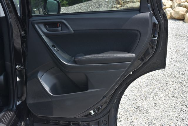2016 Subaru Forester 2.5i Premium SUMMIT Naugatuck, Connecticut 11