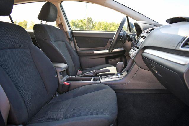 2016 Subaru Impreza 2.0i Premium Naugatuck, Connecticut 9