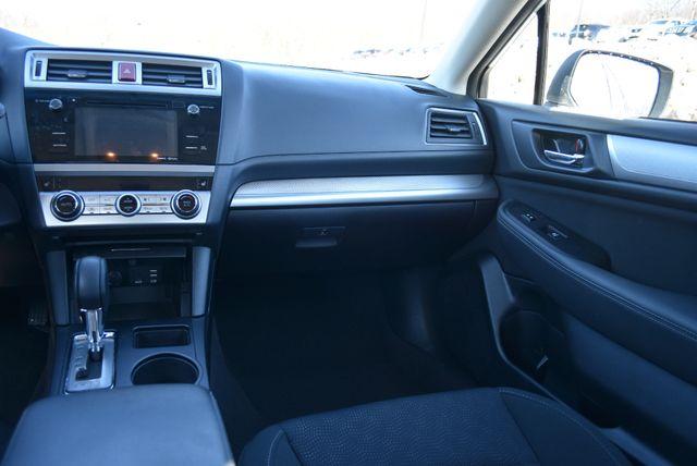 2016 Subaru Legacy 2.5i Premium Naugatuck, Connecticut 9