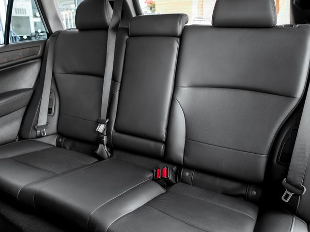 2016 Subaru Outback 3.6R Limited Burbank, CA 15