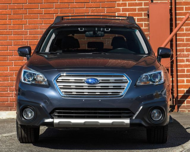 2016 Subaru Outback 2.5i Limited Burbank, CA 1