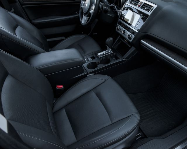 2016 Subaru Outback 2.5i Limited Burbank, CA 11