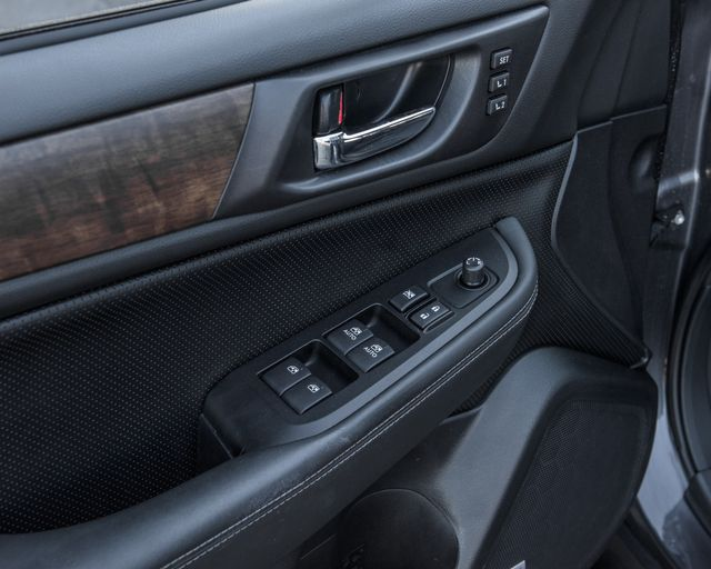 2016 Subaru Outback 2.5i Limited Burbank, CA 27