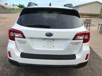2016 Subaru Outback 2.5i Limited Farmington, MN 2