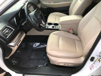 2016 Subaru Outback 2.5i Limited Farmington, MN 5