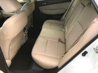 2016 Subaru Outback 2.5i Limited Farmington, MN 6