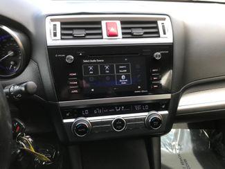 2016 Subaru Outback 2.5i Premium Farmington, MN 7