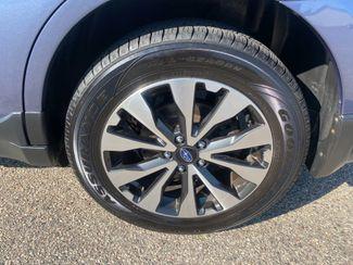 2016 Subaru Outback 2.5i Limited Farmington, MN 12
