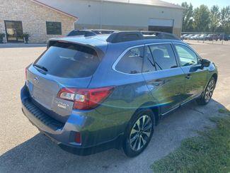 2016 Subaru Outback 2.5i Limited Farmington, MN 3