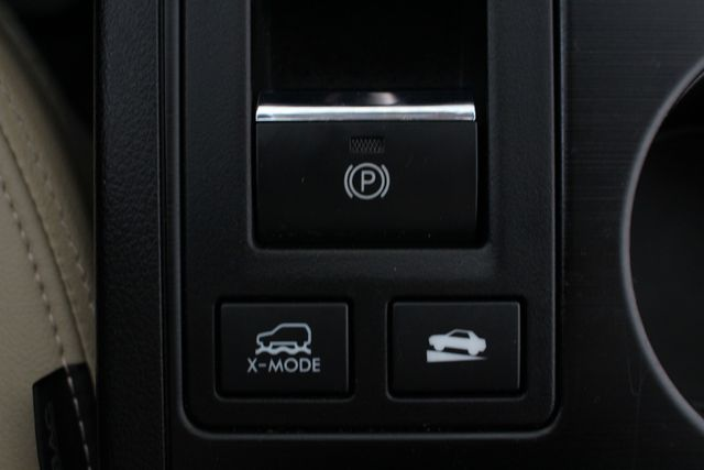 2016 Subaru Outback 2.5i Limited AWD - MOONROOF PKG W/NAVI & EYESIGHT! Mooresville , NC 43