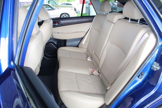 2016 Subaru Outback 2.5i Limited AWD - MOONROOF PKG W/NAVI & EYESIGHT! Mooresville , NC 12