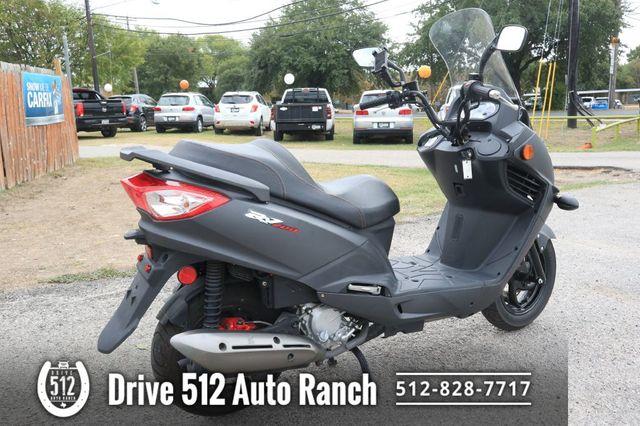 2016 Sym RV200 in Austin, TX 78745