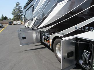 2016 Tiffin Allegro Bus 37AP Like New! Bend, Oregon 44