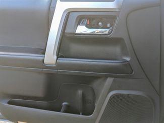 2016 Toyota 4Runner 3rd Seat & Navigation SR5 Bend, Oregon 15