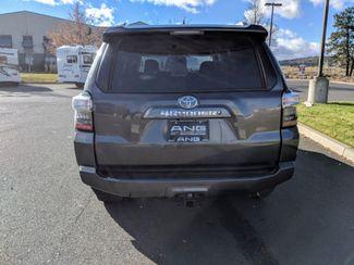 2016 Toyota 4Runner 3rd Seat & Navigation SR5 Bend, Oregon 5