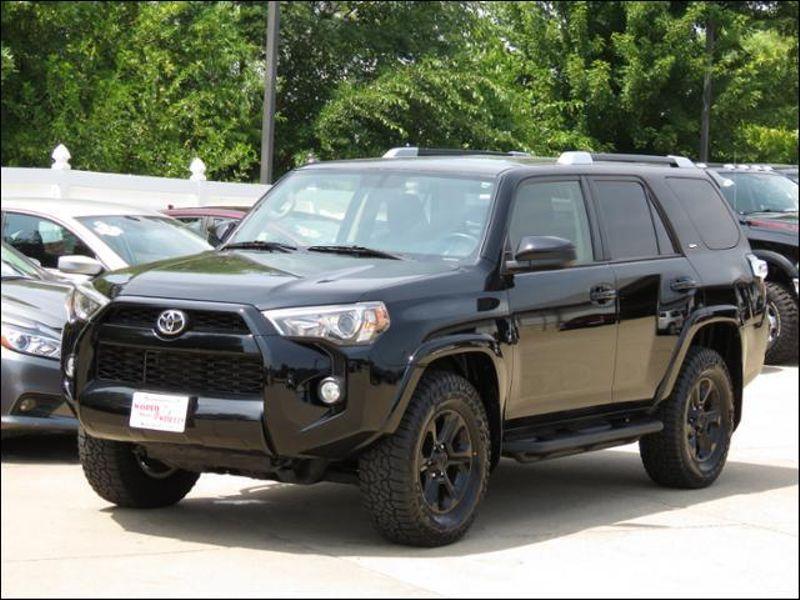 2016 Toyota 4runner 4WD SR5 Black BlackAlloys/MudTerrainTires  in Ankeny IA
