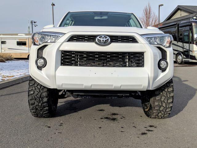 2016 Toyota 4Runner SR5 Bend, Oregon 1