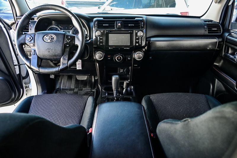 2016 Toyota 4Runner 4.0L V6 4X4 Trail Edition Nav Toyo OpenCntry Tires in Rowlett, Texas