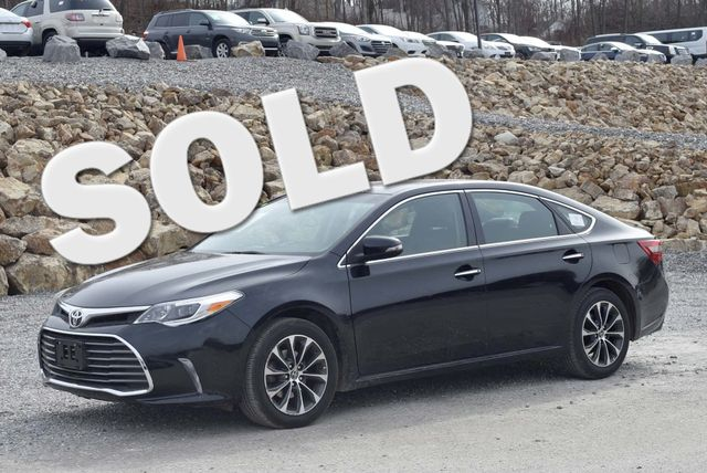 2016 Toyota Avalon XLE Naugatuck, Connecticut