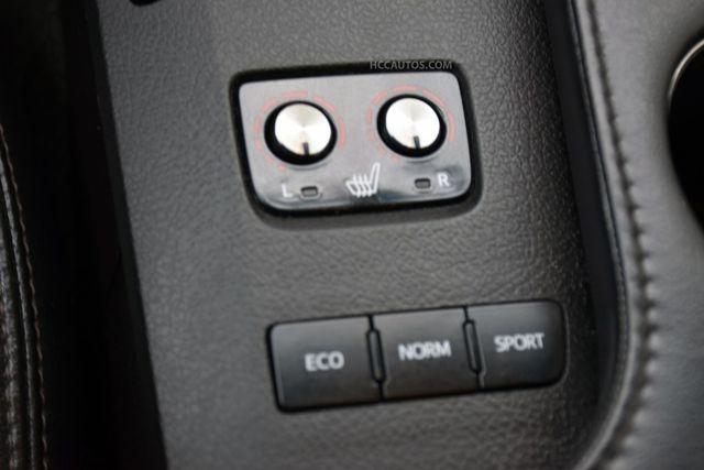 2016 Toyota Avalon XLE Premium Waterbury, Connecticut 33