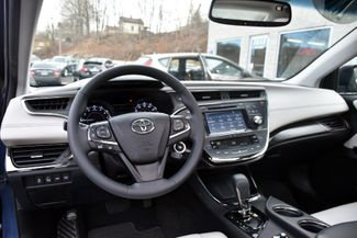 2016 Toyota Avalon 4dr Sdn Limited Waterbury, Connecticut 18