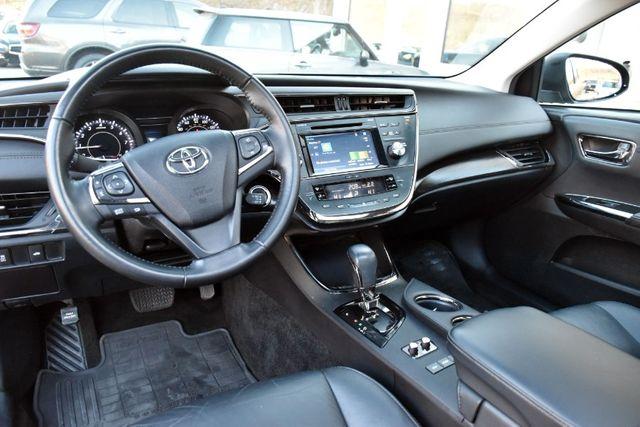 2016 Toyota Avalon 4dr Sdn XLE Premium Waterbury, Connecticut 16