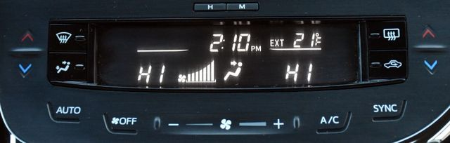 2016 Toyota Avalon 4dr Sdn XLE Premium Waterbury, Connecticut 38