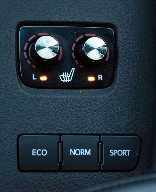 2016 Toyota Avalon 4dr Sdn XLE Premium Waterbury, Connecticut 39